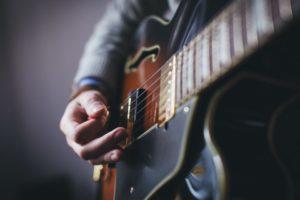 Gitarrenübungen für rechte Hand