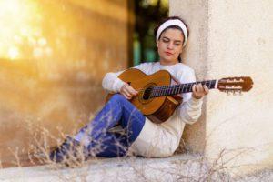 Gitarre lernen - gute Anfängergitarre