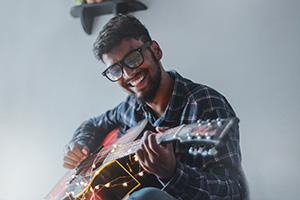 Gitarre spielen lernen mit Spaß