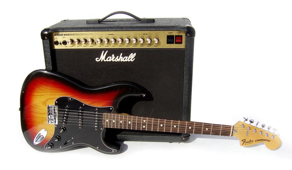 Combo-Verstärker mit Fender Gitarre